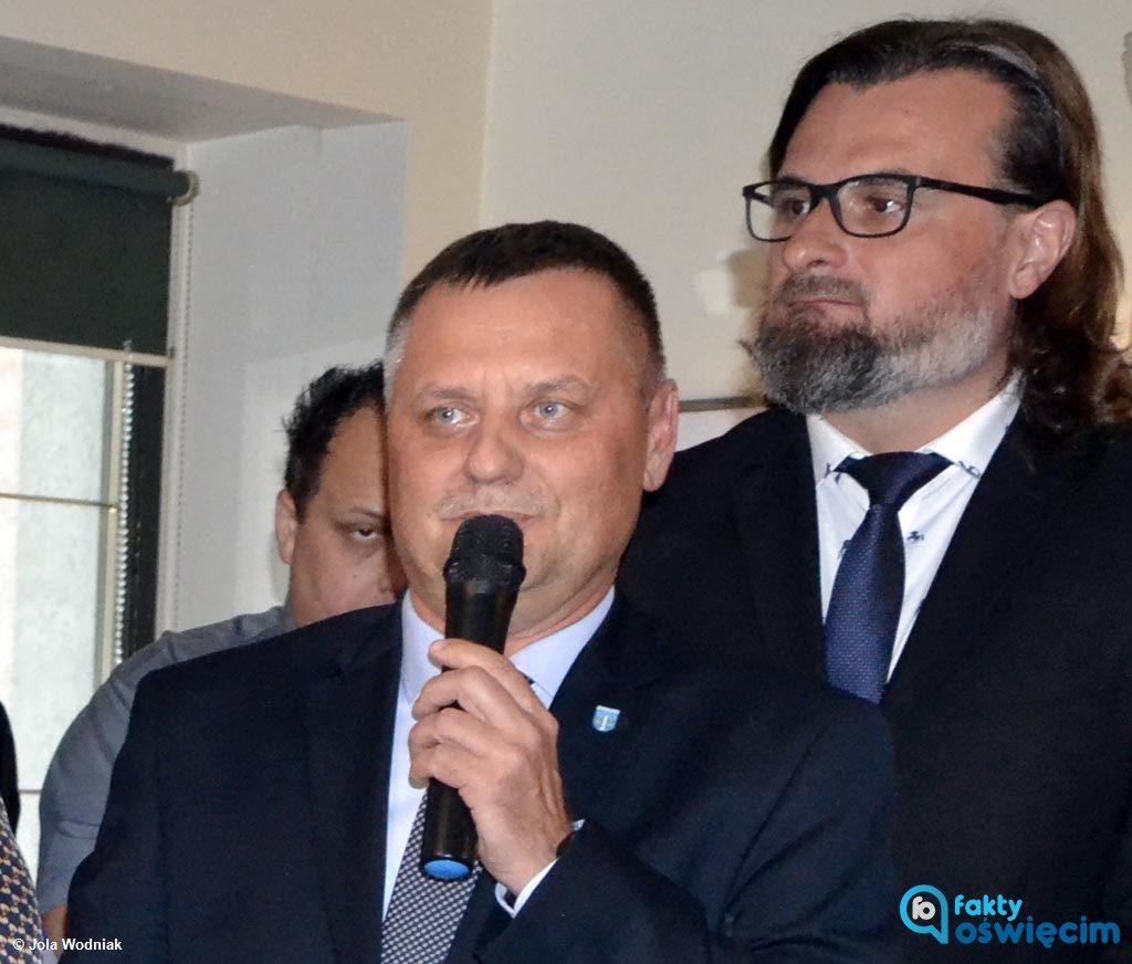 Od tego, w którą stronę skręci KOS 2018 zależy, kto będzie rządził w powiecie oświęcimskim. Do rady weszli przedstawiciele czterech komitetów wyborczych.