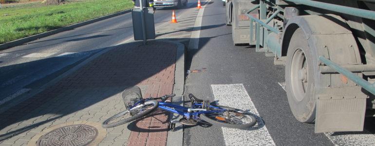 Rowerzystka potrącona przez ciężarówkę – AKTUALIZACJA