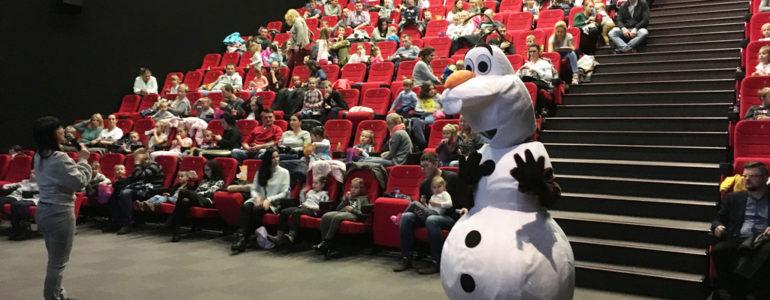 Setka dzieciaków przyszła do Olafa – FOTO