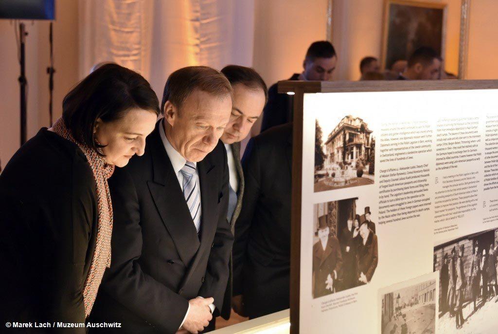 Jeden z największych zbiorów dokumentujących działania polskiej dyplomacji na rzecz z2019agrożonych Holokaustem Żydów, czyli Archiwum Eissa, jest już w Polsce.