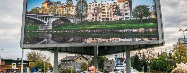 """""""Oświęcim – moje miasto"""" – wystawa fotografii Jarosława Fiedora"""