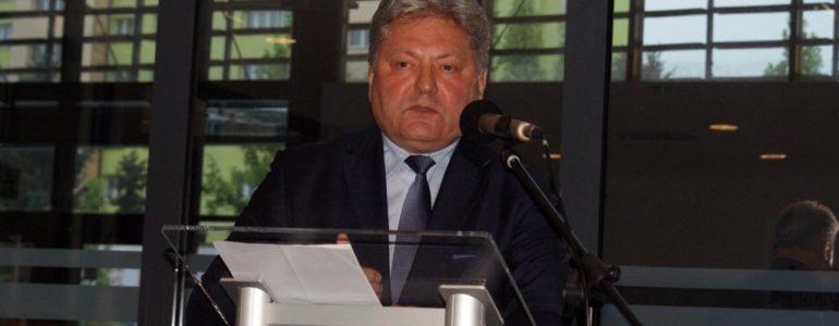 Burmistrz Chełmka krytycznie o metodach walki ze smogiem – FILM