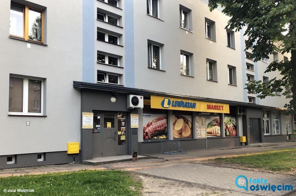 Cztery ekspedientki trafiły na badania do Szpitala Powiatowego w Oświęcimiu po tym, jak w jednym ze sklepów rozszczelniła się klimatyzacja.