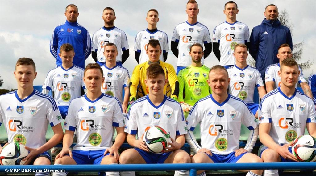 Nowy sezon czwartej ligi zbliża się wielkimi krokami.Miejski Klub Piłkarski D&R Unia Oświęcim rozpoczął sprzedaż karnetów na mecze.
