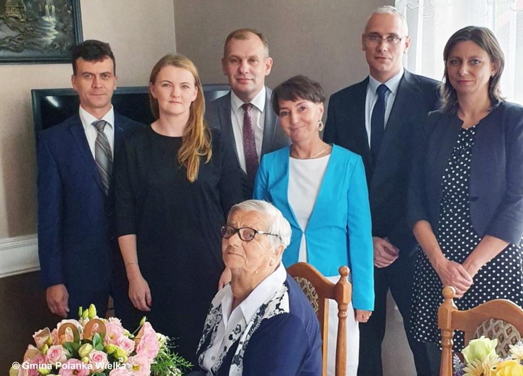Pani Zofia Nowak z gminy Polanka Wielka ukończyła sto lat. Życzymy Pani Zofii wraz z całą redakcją portalu Fakty Oświęcim zdrowia i wielu chwil radości.