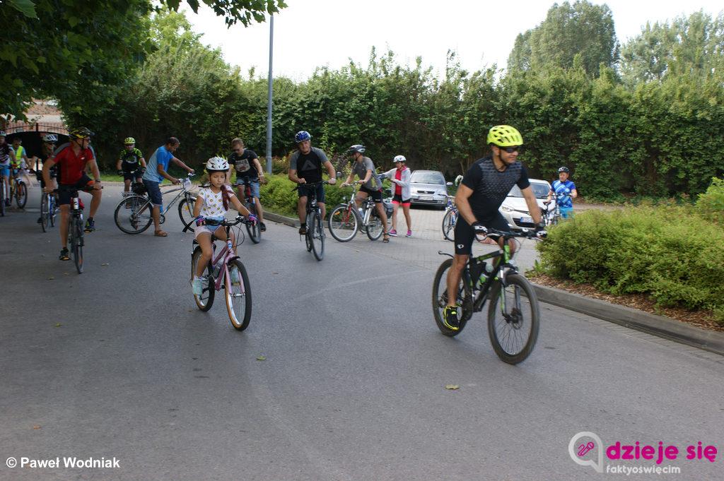 Czwarty raz w tym rokuOświęcimskie Stowarzyszenie Miłośników Bezpiecznej Motoryzacji zaprosiło na wycieczkę rowerową. Tym razem przejechali 24 kilometry.