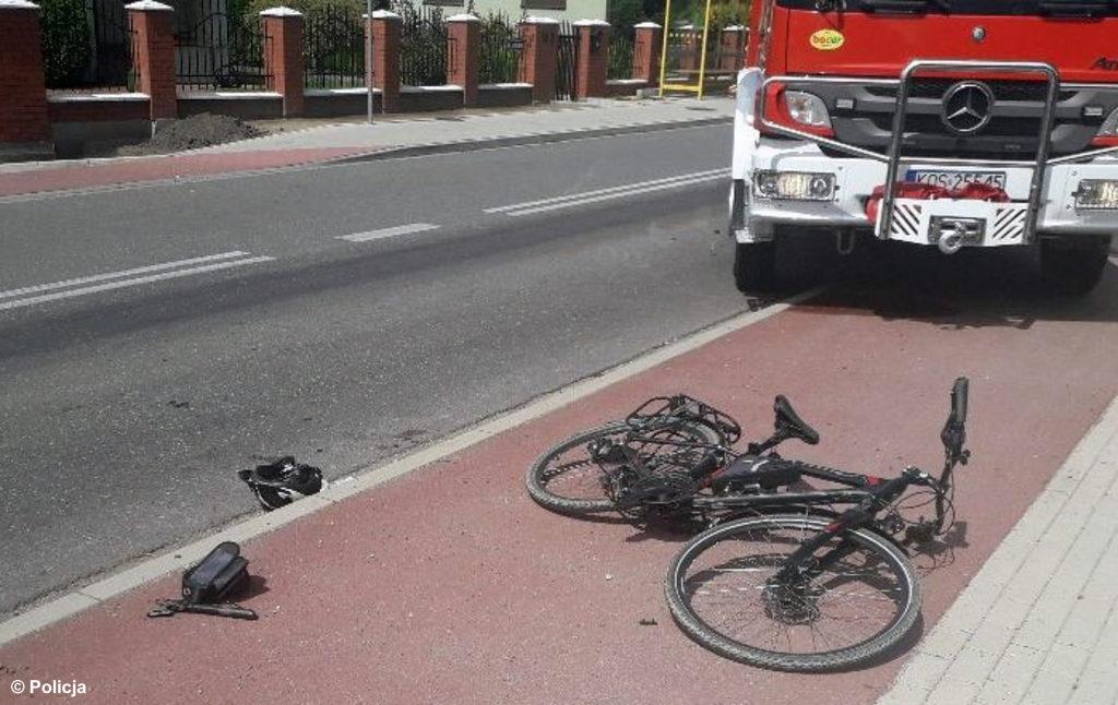 Policjanci poznali dane rowerzysty, ciężko rannego w sobotnim wypadku drogowym w Jawiszowicach. To 44-letni mieszkaniec Bielska-Białej.