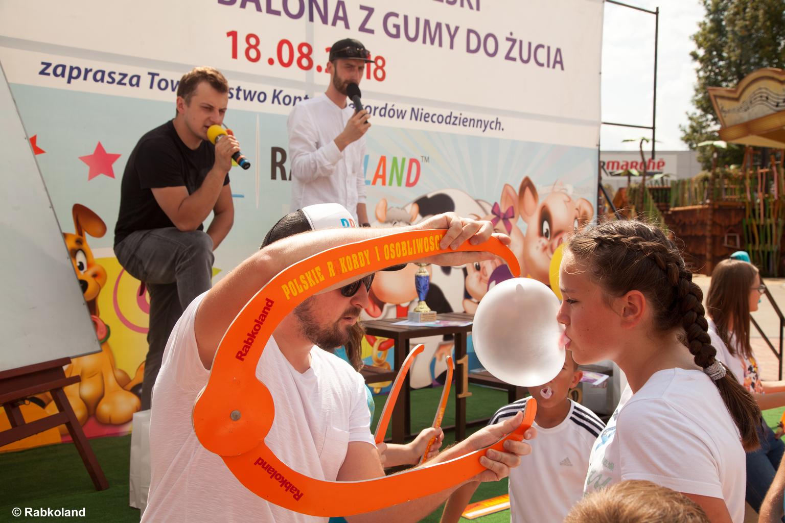 Mistrzostwa Polski w Dmuchaniu Balona z Gumy do Żucia