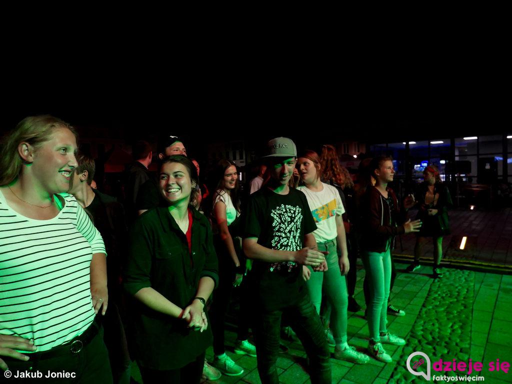 Formacja muzyczna stronaB, która w swej twórczości porusza się po dźwiękach szeroko pojętej muzyki rockowej, była gwiazdą drogiego dnia Jackowego Grania.