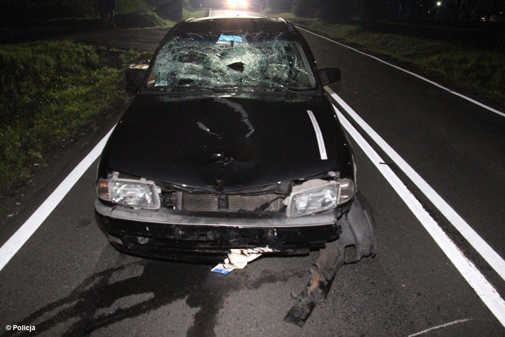 Minionej nocy na drodze krajowej nr 44 w Zatorze w wypadku drogowym zginęła 70-latka, mieszkająca w gminie Przeciszów. Prawdopodobnie wracała z pracy.