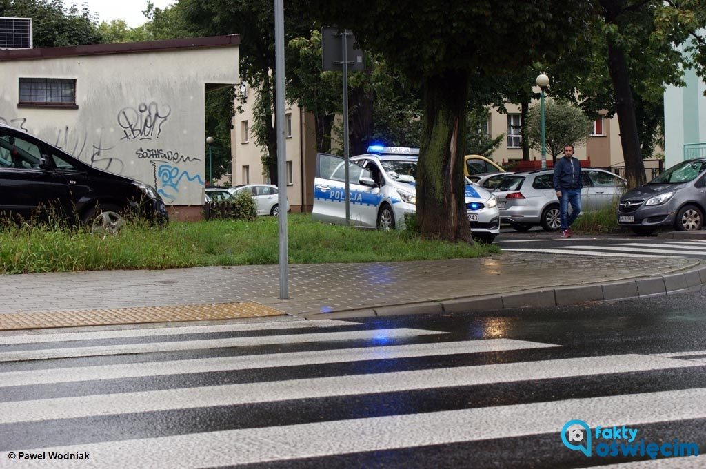 Po wczorajszym potrąceniu 15-latka na przejściu dla pieszych w Oświęcimiu 84-letni kierowca stracił prawo jazdy. Ma też trafić na badania lekarskie.