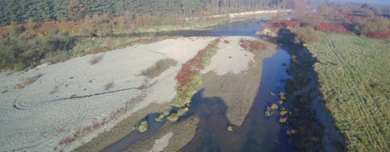 Skawa zagraża linii energetycznej zasilającej oczyszczalnię – FOTO