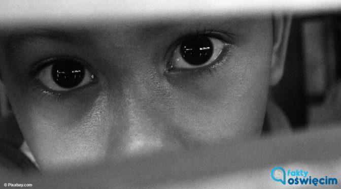 """Dwie pracownice niepublicznego żłobka w Oświęcimiu miały znęcać się nad dziećmi. """"Dzieci były szarpane, zamykane w komórce…"""" - mówią rodzice."""