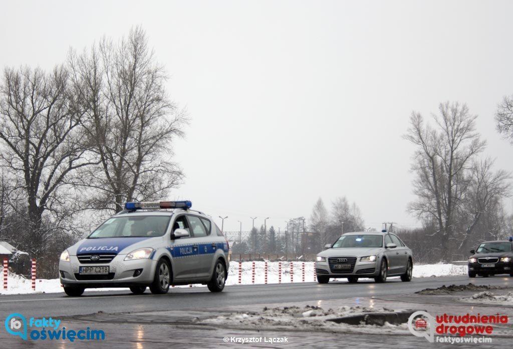 W poniedziałek 27 stycznia na ulicach Oświęcimia i drogach dojazdowych do miasta od strony Krakowa nastąpią znaczne utrudnienia w ruchu drogowym.