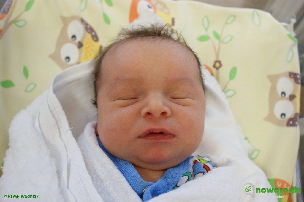 Dzisiaj przedstawiamy dwa tuziny maluchów. Noworodkowa galeria eFO wzbogaciła się o zdjęcia 12 dziewczynek i 12 chłopców urodzonych w szpitalu w Oświęcimiu.