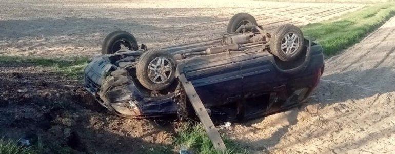 Honda dachowała, kierowca miał ponad dwa promile – FOTO