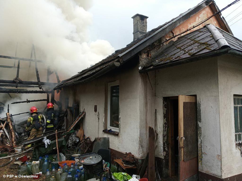 Dow dwóch pożarów doszło w ciągu dwóch dni w powiecie oświęcimskim. Paliły się dom w Bulowicach i budynek gospodarczy w Smolicach.