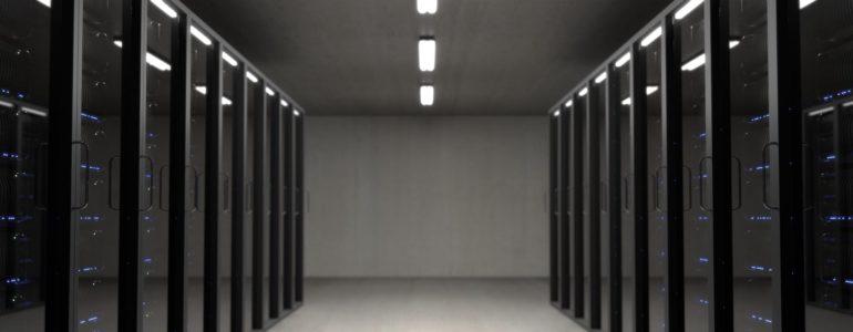 Kolokacja serwerów – postaw na oszczędność i bezpieczeństwo