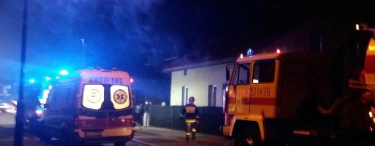 Pożar w domu jednorodzinnym. Nie żyje 86-latka – FILM, FOTO