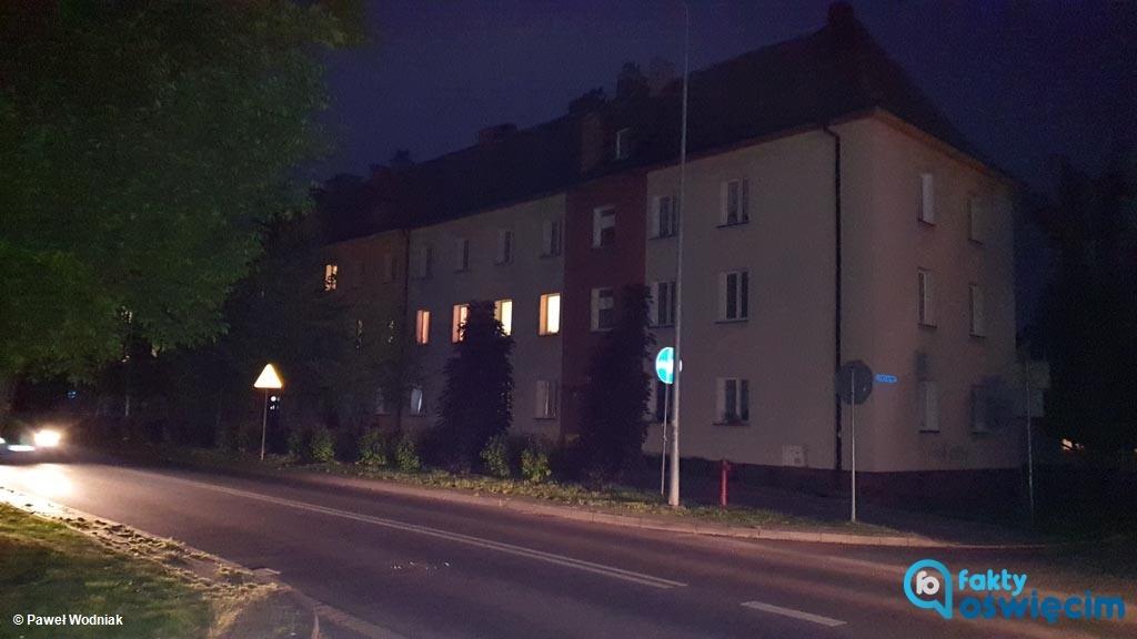 Od 11 czerwca w całym Oświęcimiu wieczorami i nocą będzie jaśniej. Miasto zdecydowało, że latarnie uliczne zaczną się zapalać wcześniej, niż dotychczas.