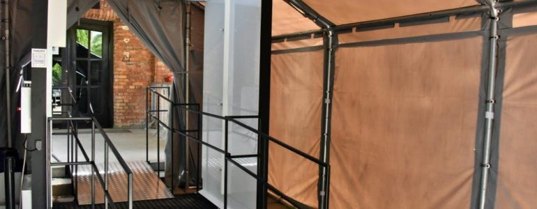 Bramka dezynfekcyjna w Muzeum Auschwitz