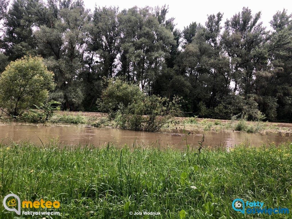 Poziom wód w rzekach opadł. Starosta Marcin Niedziela odwołał alarm przeciwpowodziowy w powiecie oświęcimskim wprowadzony w poniedziałek rano.