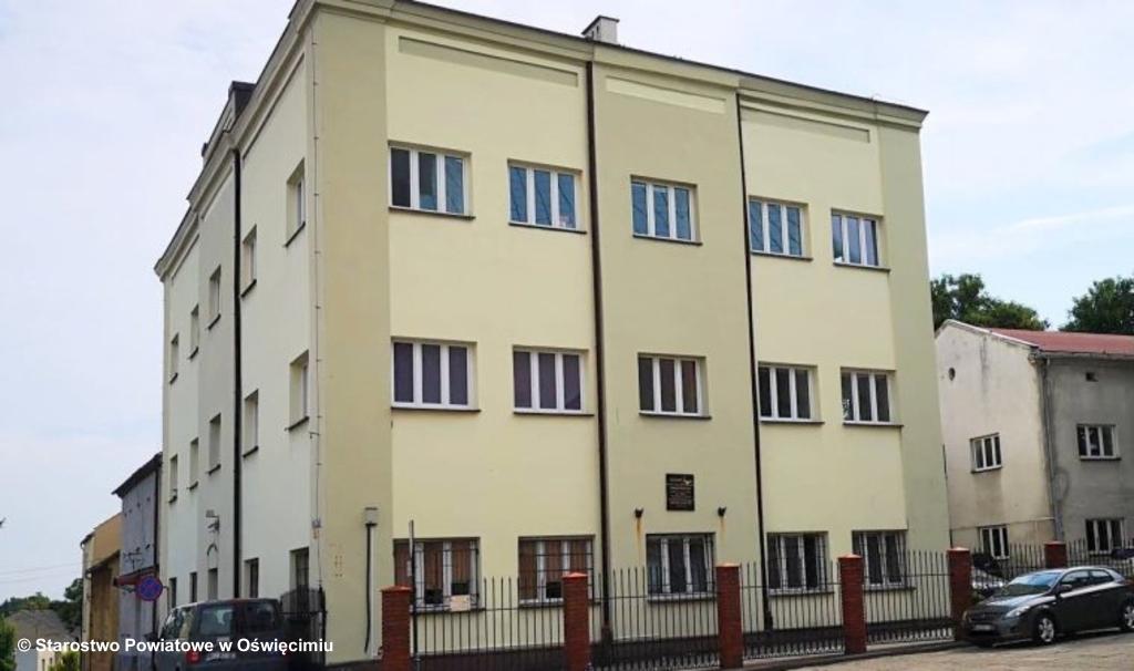 We wrześniu młodzież rozpocznie naukę w nowej siedzibie Specjalnego Ośrodka Szkolno-Wychowawczego na osiedlu Zasole w Oświęcimiu. Dotychczasowa siedziba pójdzie na sprzedaż.