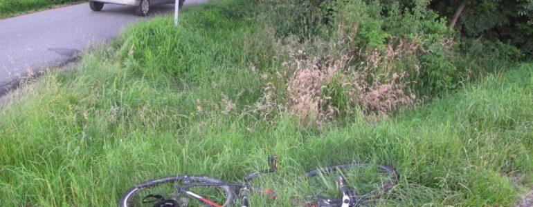 Zajechał drogę rowerzyście – FOTO