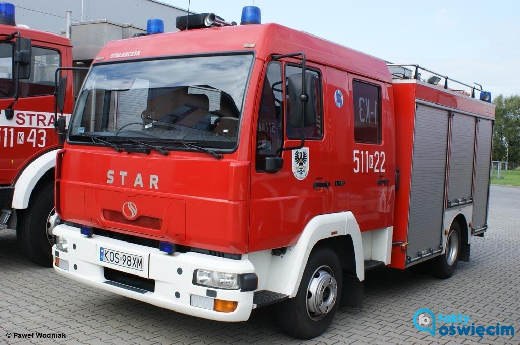 Nastolatka trafiła na badania do Szpitala Powiatowego w Oświęcimiu po tym, jak straciła przytomność w łazience. Strażacy wykryli w mieszkaniu tlenek węgla.