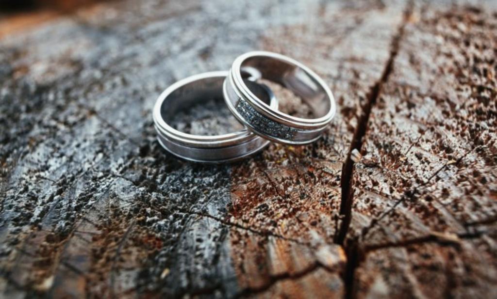 Wielu z Was przed podjęciem formalnie decyzji o rozwodzie zastanawia się jak ma on wyglądać? W Faktach Oświęcim publikujemy cotygodniową poradę prawną.