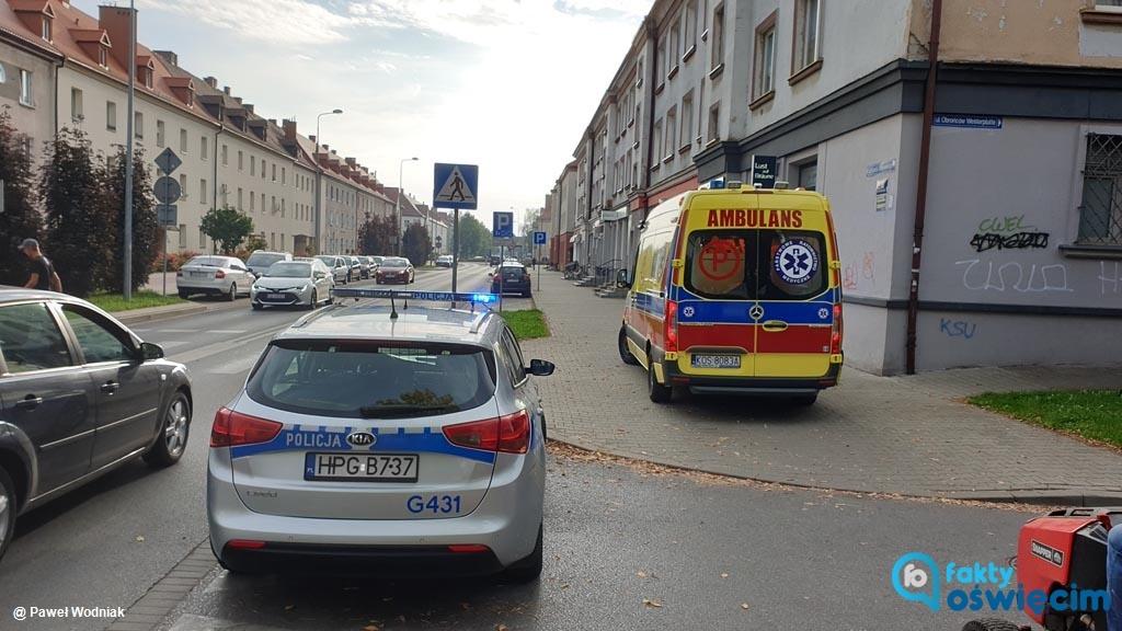 Dzisiaj rano w Oświęcimiu kierowca samochodu dostawczego cofając potrącił 91-letnia kobietę. Wczoraj do podobnego zdarzenia doszło w Przeciszowie.