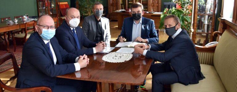 Szpitale w Oświęcimiu i w Chrzanowie w walce z COVID-19