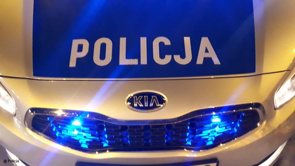 24-letni bez prawa jazdy kierowca wpadł w ręce policjantów z oświęcimskiej drogówki podczas rutynowej kontroli. Grozi mu kara do dwóch lat więzienia.