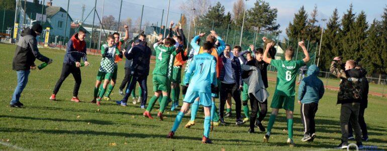 Juniorzy Iskry liderami II Ligi po rundzie jesiennej – FOTO