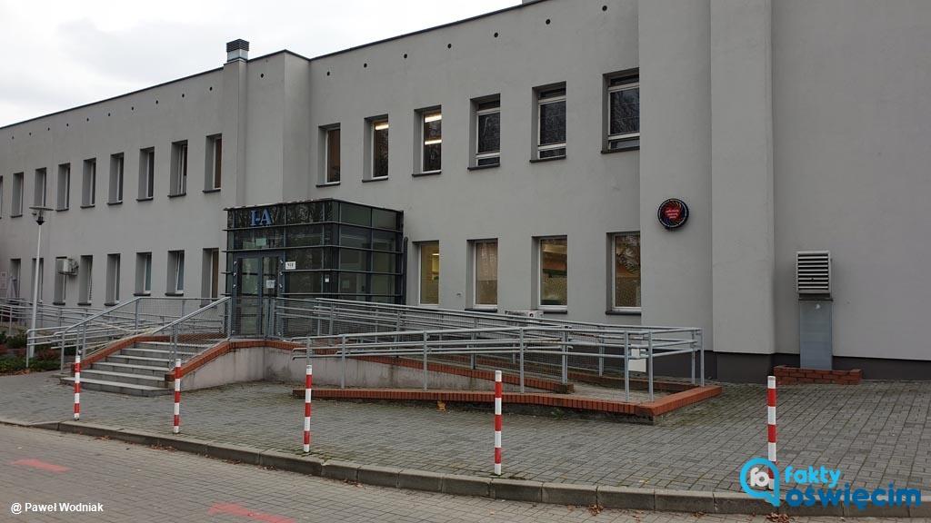 W Szpitalu Powiatowym w Oświęcimiu powstała poradnia medycyny sportowej. Sportowcy mają do niej dostęp 2 razy w tygodniu, w sumie przez 6 godzin tygodniowo.