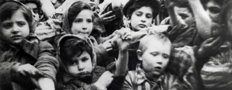 Pogoda wyzwolenia Auschwitz – FELIETON