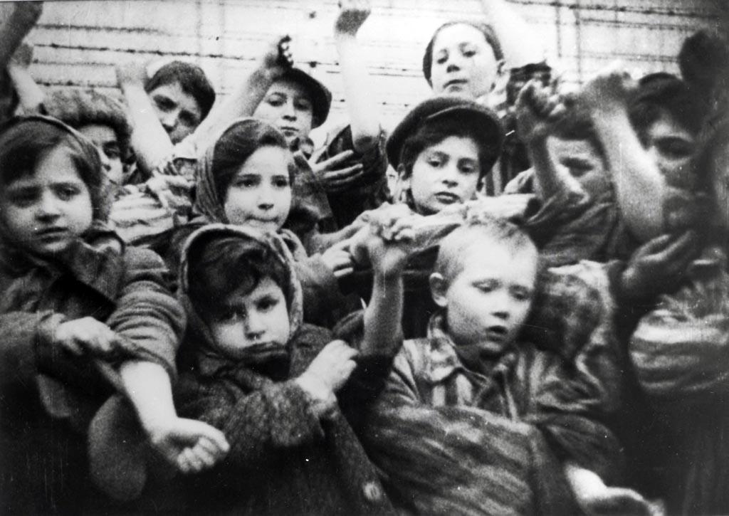 Gdy w czasie chłodu wychodzę na spacer, zastanawiam się, co zimą przeżywali więźniowie KL Auschwitz. Nie jestem sobie w stanie tego wyobrazić.
