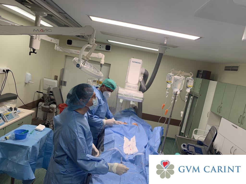 Lekarze z centrum kardiologii inwazyjnej Carint, mieszczącym się w Szpitalu Powiatowym w Oświęcimiu, wszczepili pacjentce najmniejszy stymulator serca.
