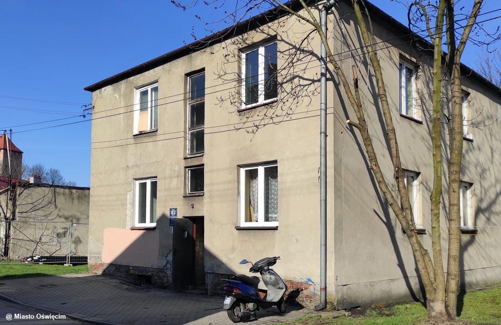 Samorząd Oświęcimia chce zlikwidować stare piece w sześciu budynkach komunalnych, w których znajduje się 26 mieszkań. Zadanie wesprze Synthos.
