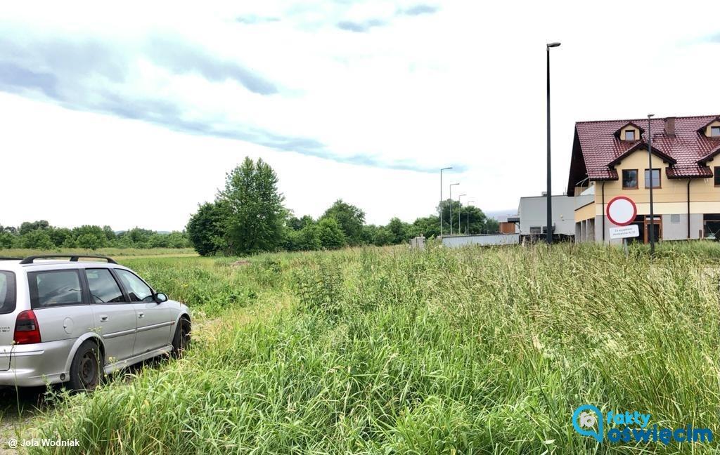 W Oświęcimiu powstanie nowa droga, która połączy ulice Zaborską i Królowej Jadwigi. Inwestycje drogowe miasto prowadzi także na osiedlu Błonie.