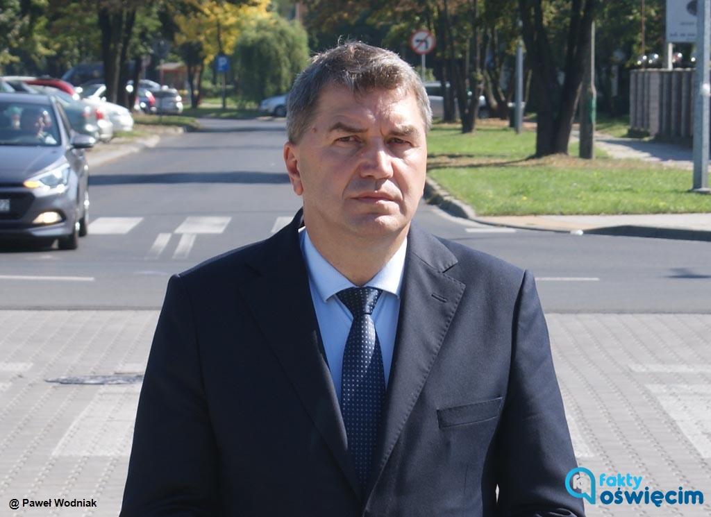 Rada Miasta Oświęcimia dzisiaj udzieliła prezydentowi Januszowi Chwierutowi wotum zaufania oraz absolutorium z wykonania budżetu za 2020 rok.