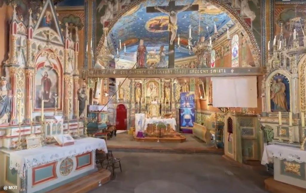 """XII-wieczny kościół św. Marcina w Jawiszowicach można teraz obejrzeć w cyklu """"Obiekty Szlaku Architektury Drewnianej w Małopolsce w 3D""""."""