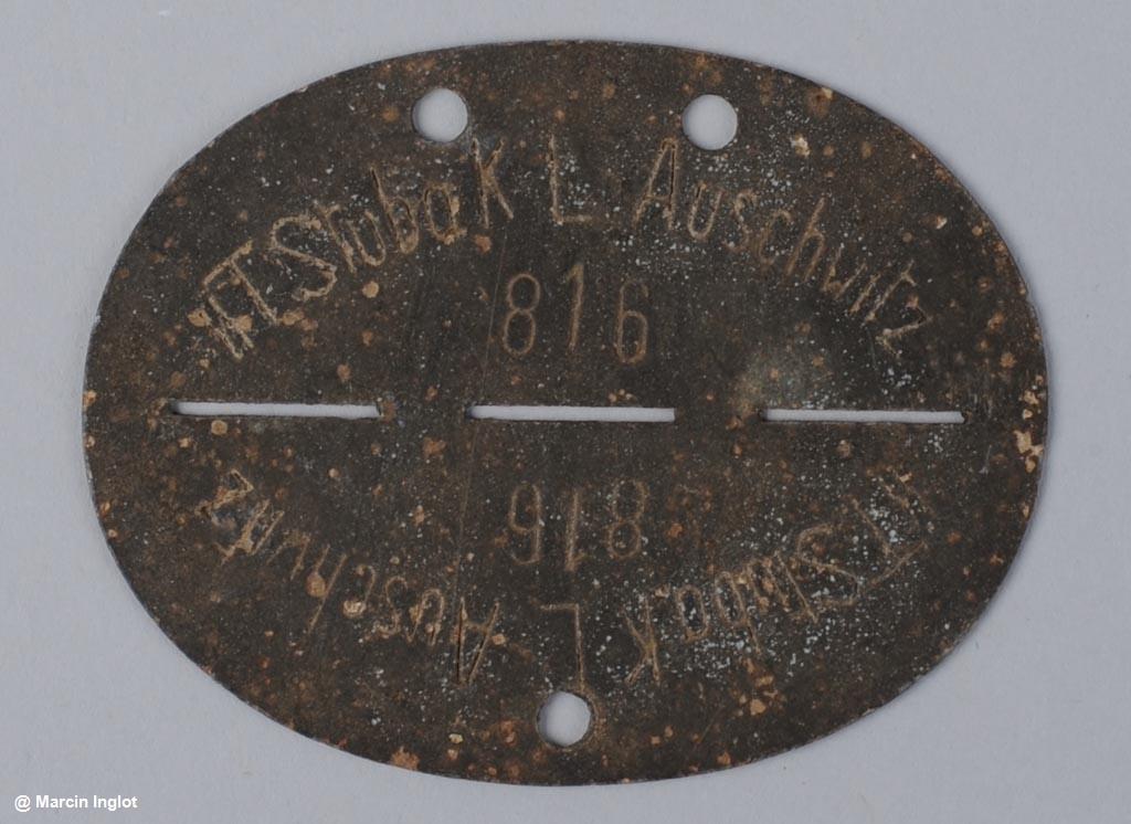 Do Państwowego Muzeum Auschwitz-Birkenau trafił nieśmiertelnik członka załogi SS. Jest to drugi tego typu eksponat w zbiorach miejsca pamięci.