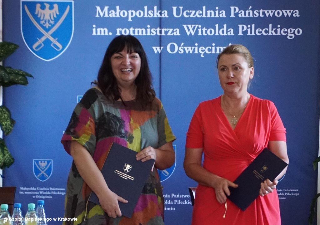 Studentki pielęgniarstwa Małopolskiej Uczelni Państwowej w Oświęcimiu będą odbywać praktyki w Szpitalu Klinicznym im. Babińskiego w Krakowie.