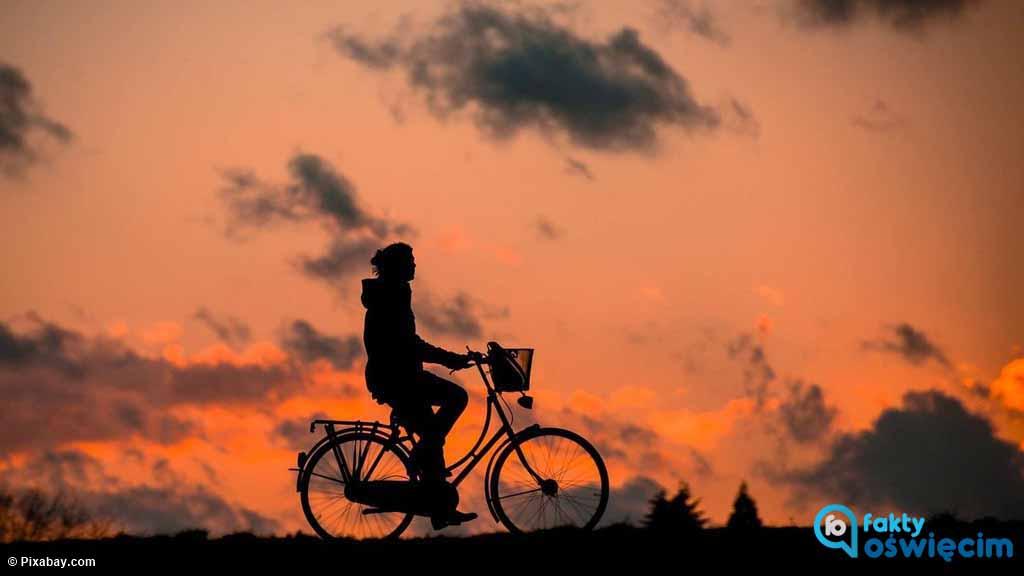 Okazja uczyniła złodzieja z 27-latka z gminy Kęty. Młody mężczyzna ukradł w Nowej Wsi rower pozostawiony przed sklepem przez mieszkankę sołectwa.